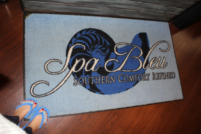 Local Savannah Mom Blogger, Being Mrs. Fowler, shares a review of Spa Bleu, a local spa, a perfect gift for Mother's Day