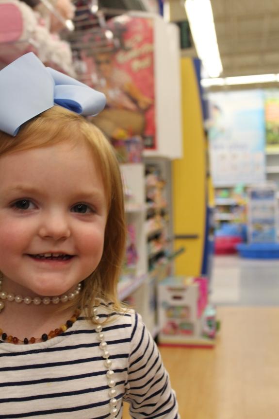 Savannah Blogger, Being Mrs. Fowler, Toys R Us Closing Photoshoot,