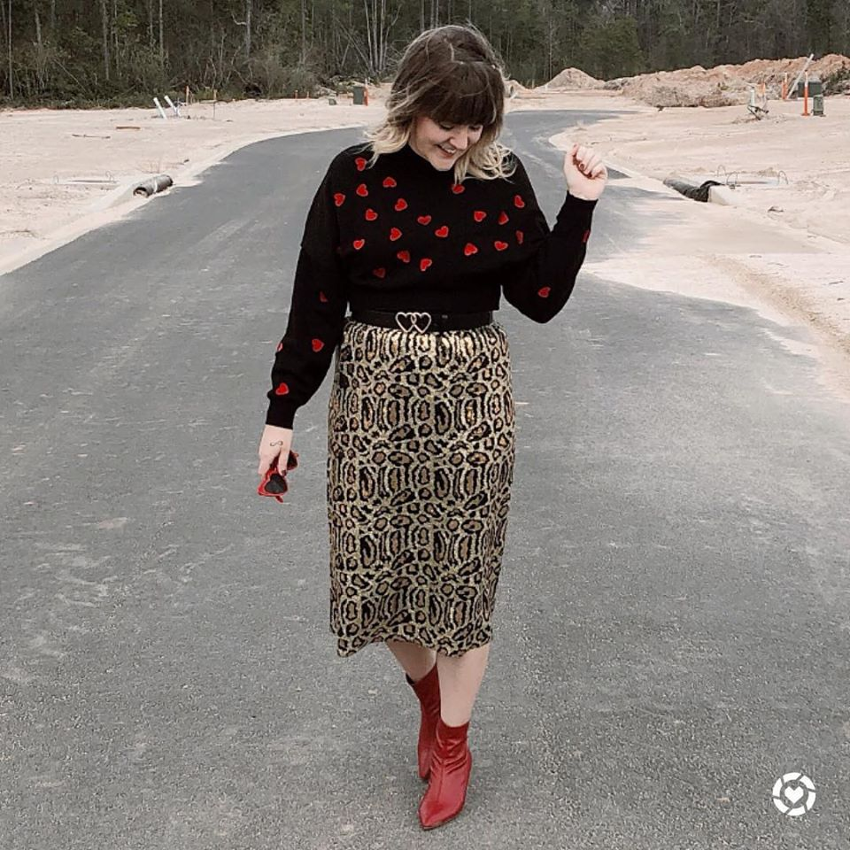 being mrs. fowler, savannah blogger, february favorites, valentine style, teacher outfit, modest fashion, outfit ideas