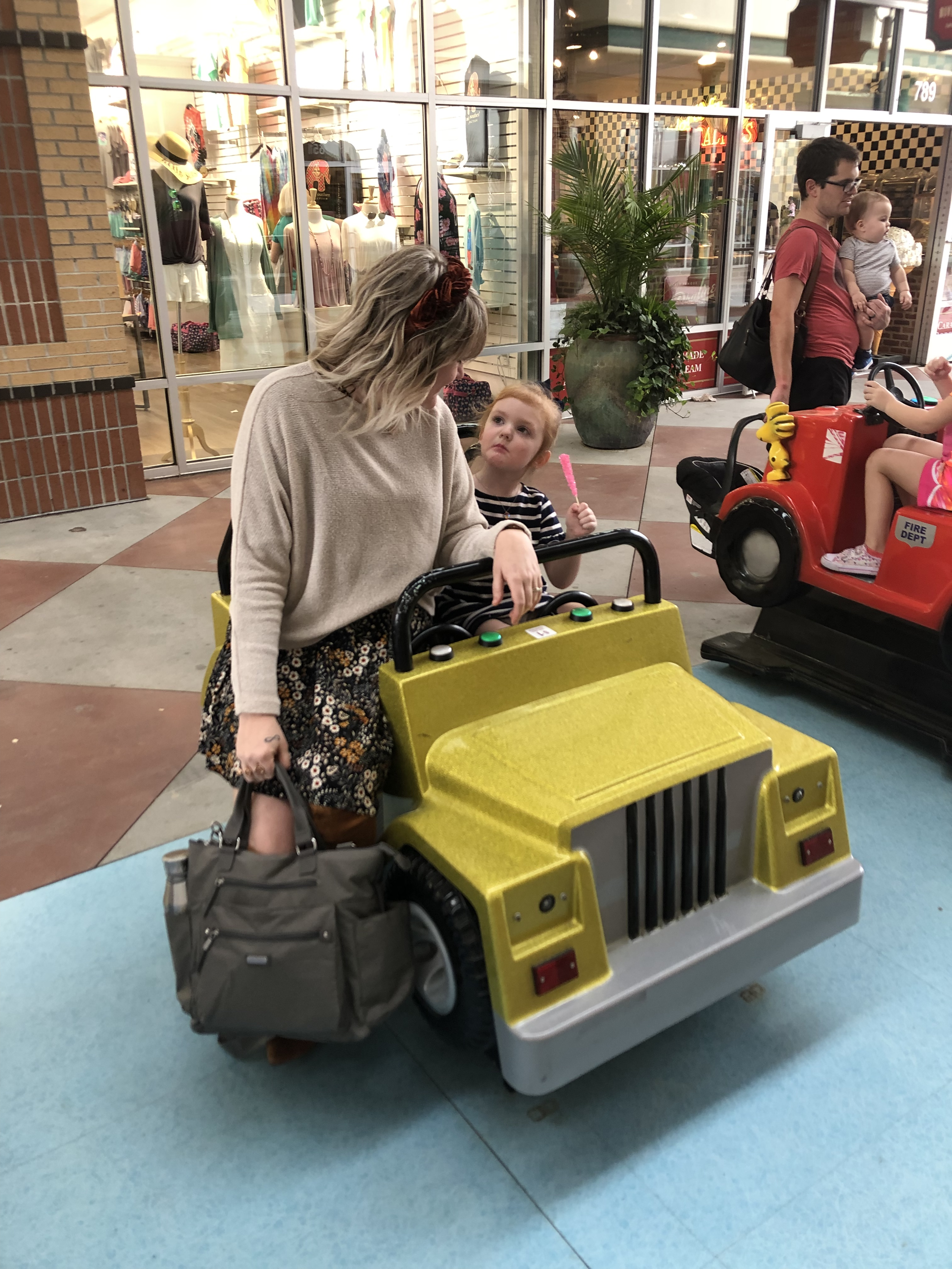 Savannah Blogger, Being Mrs. Fowler, Tackles Motherhood with Baggallini 3 in 1 Backpack, mom style, women's fashion, modest outfit