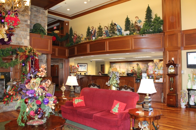 Being Mrs. Fowler, Savannah Travel Mom Blogger, Inn at Christmas Place, Gatlinburg and Pigeon Forge Vacation (10)