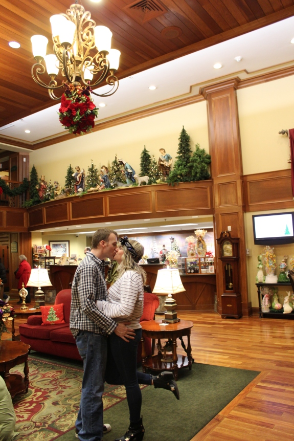 Being Mrs. Fowler, Savannah Travel Mom Blogger, Inn at Christmas Place, Gatlinburg and Pigeon Forge Vacation (25)