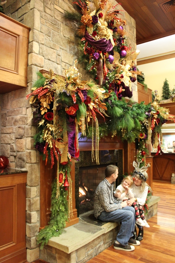 Being Mrs. Fowler, Savannah Travel Mom Blogger, Inn at Christmas Place, Gatlinburg and Pigeon Forge Vacation (27)